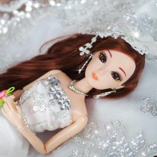 Búp bê cô dâu váy kim sa