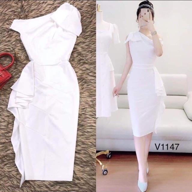 Đầm trắng body