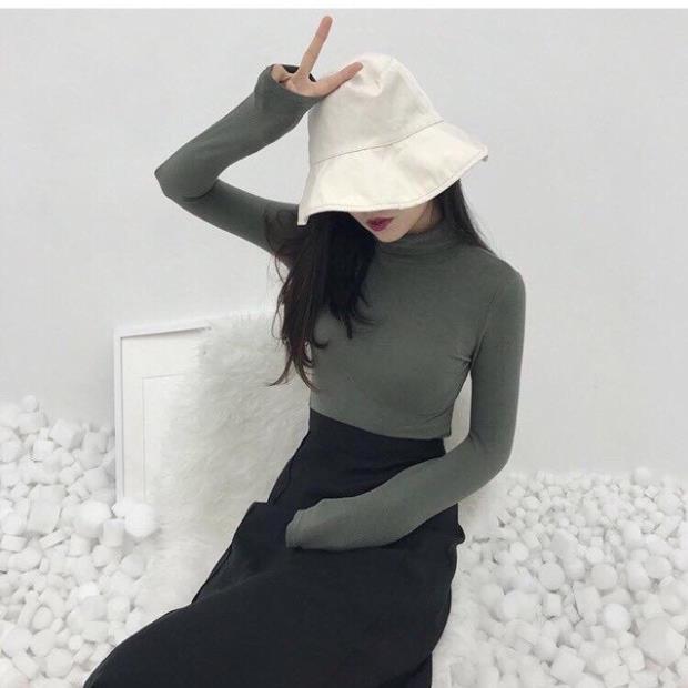 Áo thun lạnh giữ nhiệt nữ tay dài cổ 3 phân loại 1 Màu Trắng !