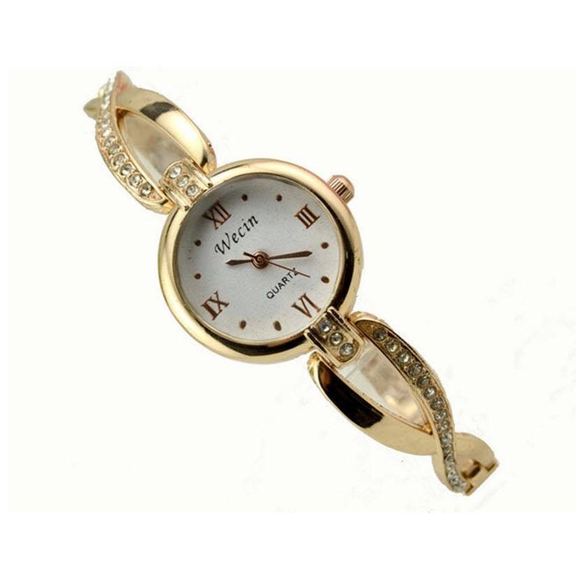 Đồng hồ lắc nữu dễ thương