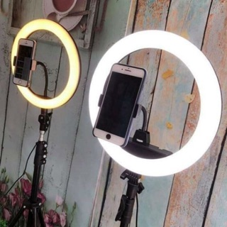 Đèn hỗ trợ sáng cho livestream, spa, make up