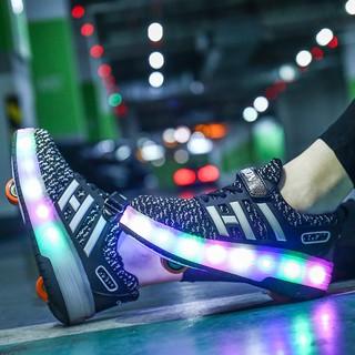 Giày thể thao phối lưới thoáng khí có gắn bánh xe cho trẻ em và người lớn