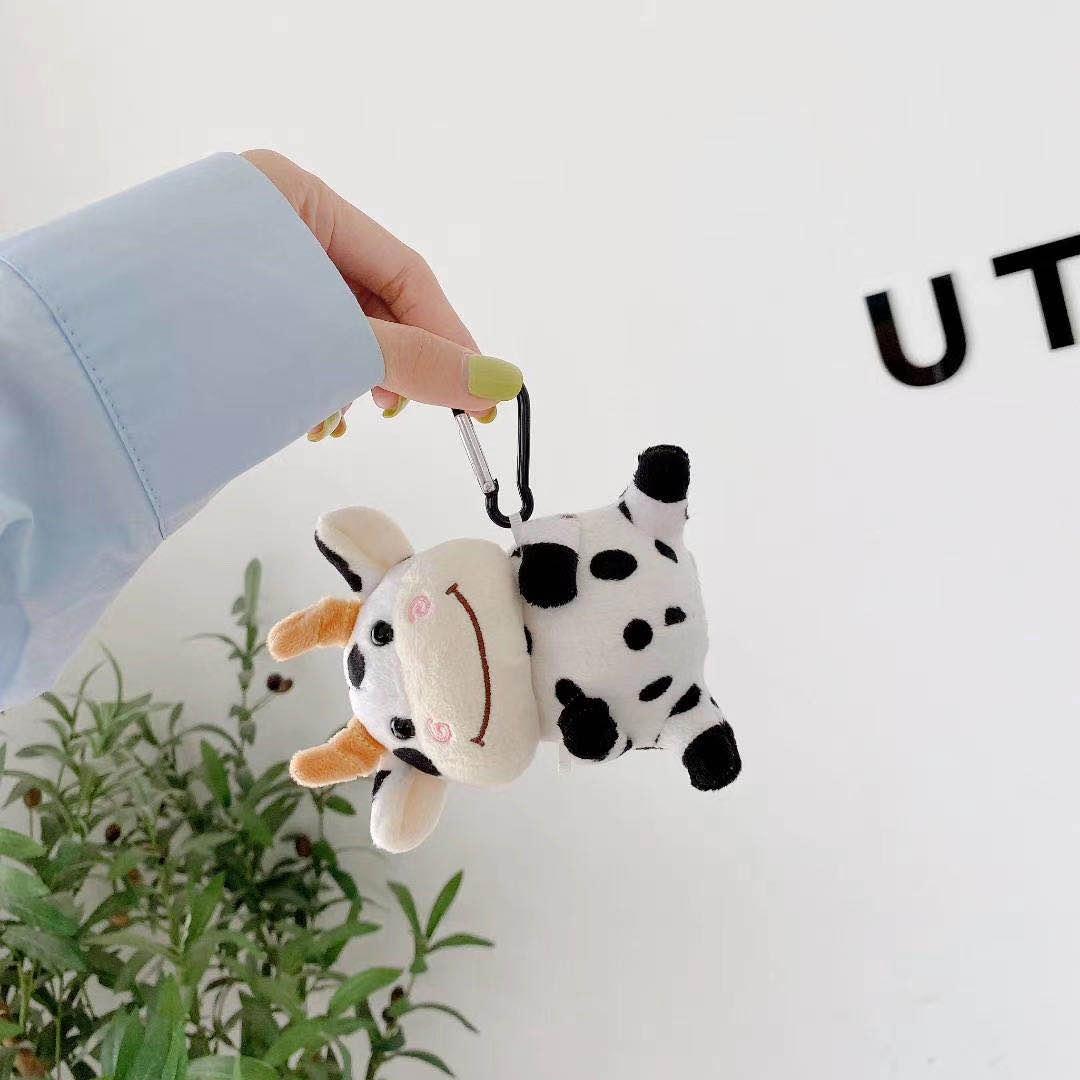 Dễ Thương Vỏ Bảo Vệ Hộp Sạc Tai Nghe Airpods 1 / 2 Hình Chú Bò Sữa Nhồi Bông Đáng Yêu Ốp