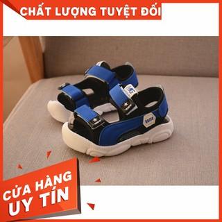 [HOT]Sandal bé trai bé gái mũi kín quai dán chống đau chân bé