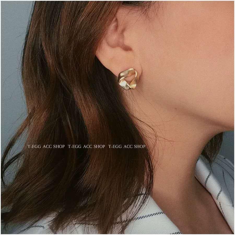 Bông tai nữ 🔥 mạ vàng hình họcp hong cách Hàn Quốc #An20