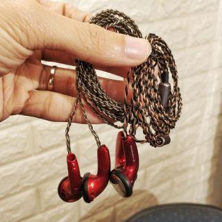 Tai nghe Tự chế HK Ear Budy 3 (Dây bạc) - BH 06T thumbnail