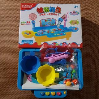 Bộ bể câu cá điện tử phát nhạc cho bé