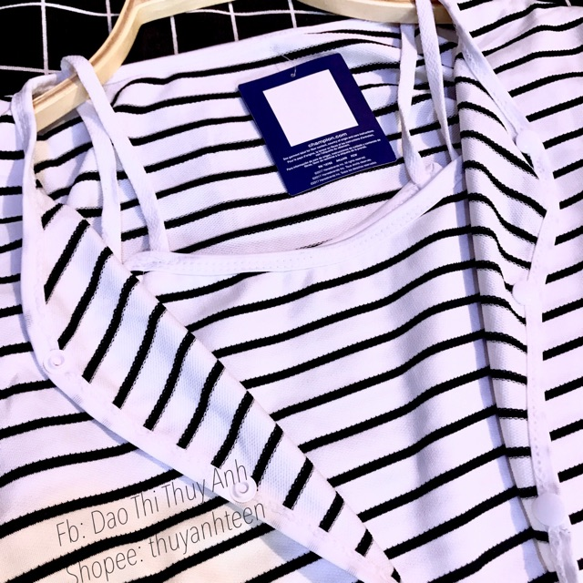 Set 3 món áo khoác kẻ kèm chân váy và áo 2 dây