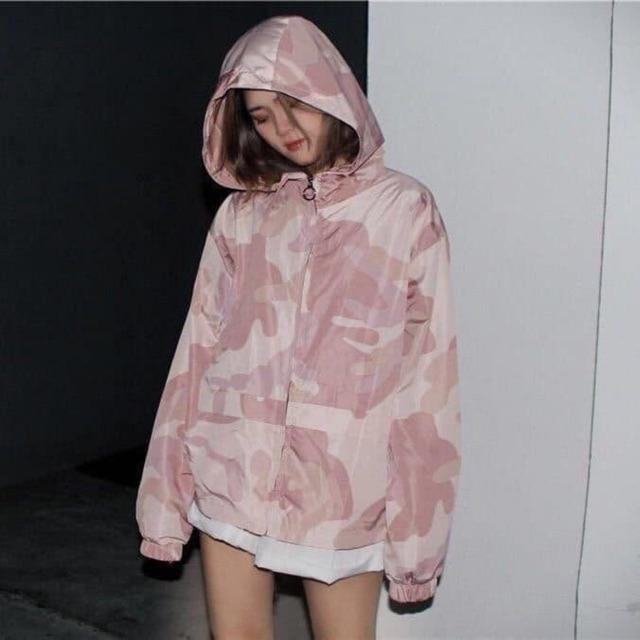 Áo gió hồng xinh