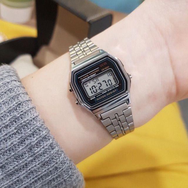 Đồng hồ điện tử đôi nam nữ WR chống nước tuyệt đối mặt vuông nhiều màu sang trọng cho công sở chính hãng Tony Wat