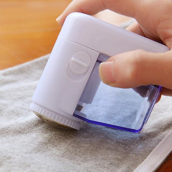 Thiết bị loại bỏ lông xù trên bề mặt quần áo kiểu dáng tiện dụng