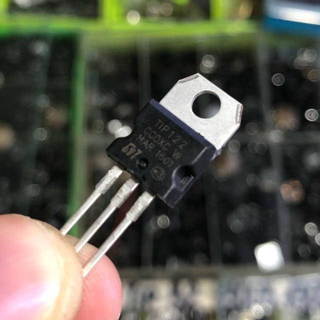 5 con transistor công suất TIP122