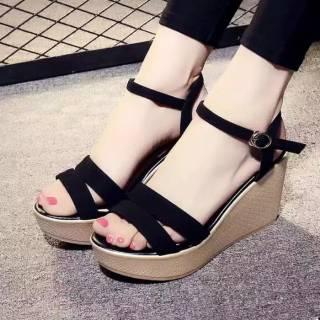 Giày Sandal Thời Trang Xinh Xắn Dành Cho Nữ
