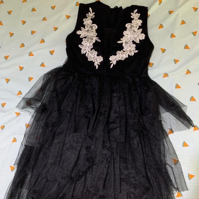 Đầm váy sale off