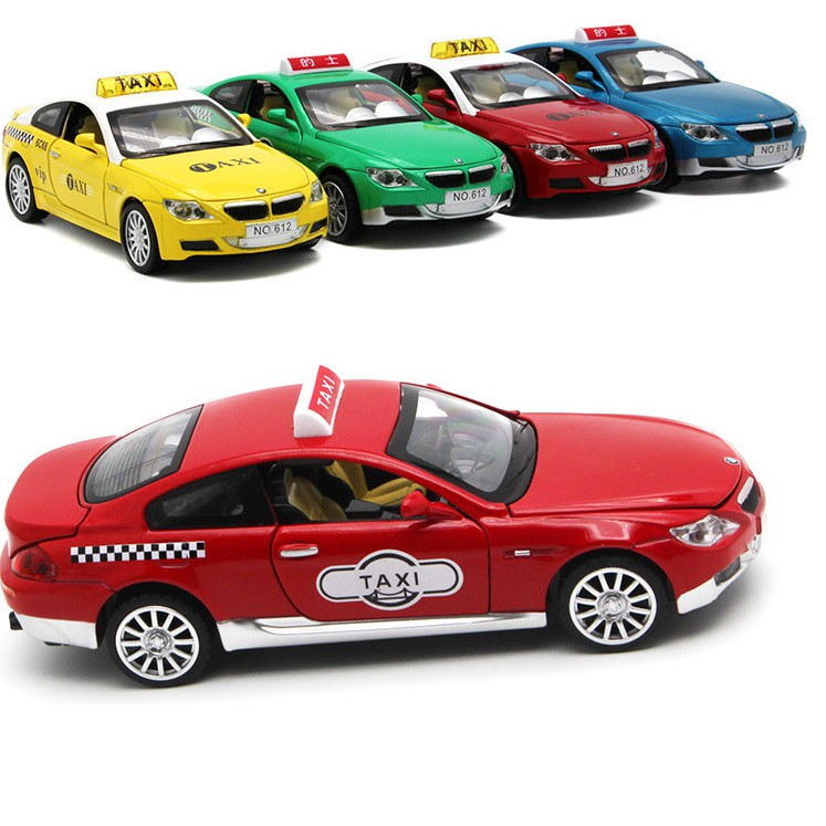 Đồ chơi xe mô hình taxi tỉ lệ 1:32 bằng kim loại có âm thanh và đèn
