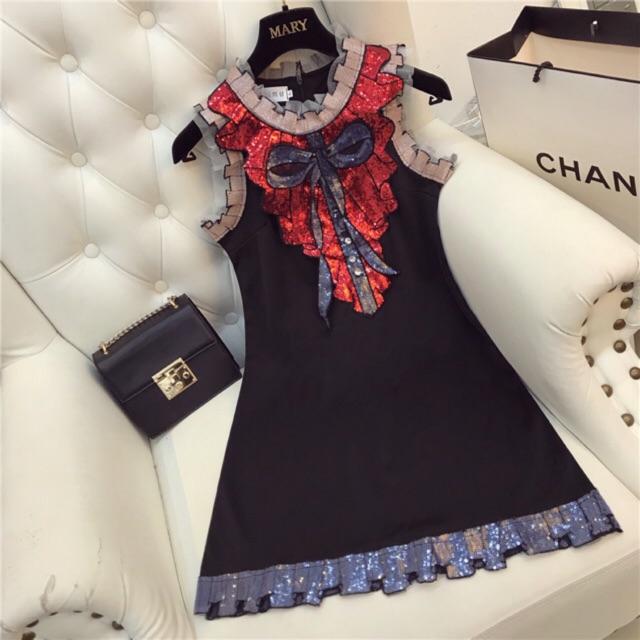 Váy óng ánh đính kimsa Váy thiết kế VTK01