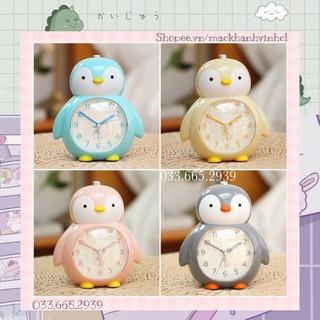 Đồng Hồ Báo Thức Hình Chú Chim Cánh Cụt Siêu Cute thumbnail