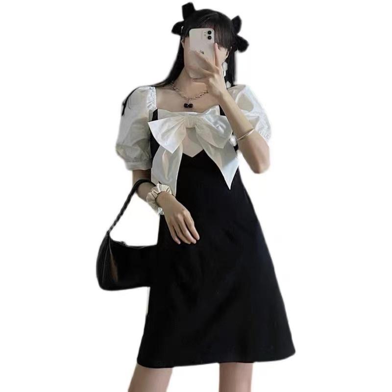 Mặc gì đẹp: Bồng bềnh với Đầm Tay Phồng Ngắn Cổ Vuông Dáng Rộng Phong Cách Pháp Retro Thời Trang Cho Nữ