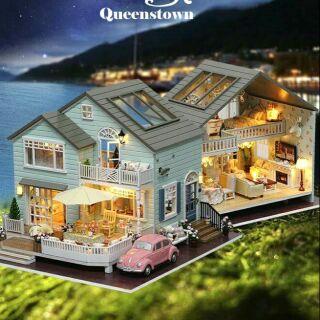 Mô hình nhà gỗ búp bê dollhouse DIY – A035 Queen Town