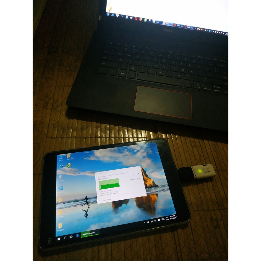 Máy tính bảng 2 trong 1 Xiaomi Mipad 2 chạy Windows 10/Android 64g