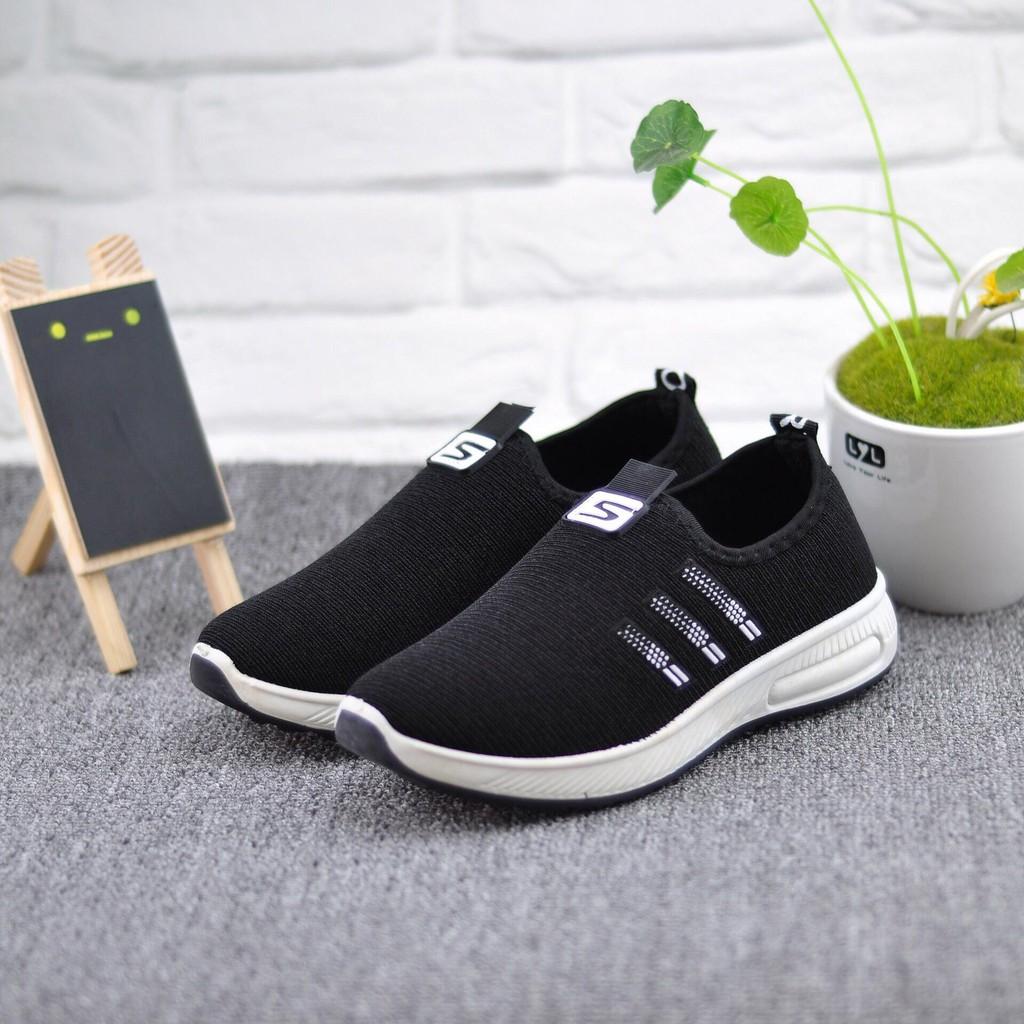 Giày lười vải nữ đi bộ - 3 sọc thoáng khí có 2 màu đen và đỏ