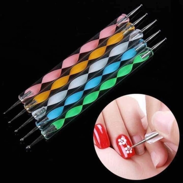 8d8c5af200875159d5823868c74c3941 - Các loại cọ vẽ nail mà thợ nail nhất định phải có