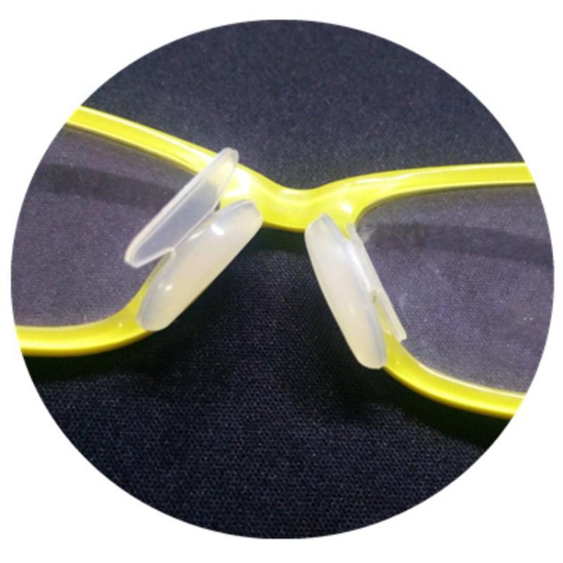 Miếng dán chống trượt đệm mũi cho các loại kính đầy tiện lợi