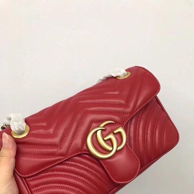Gucci GG Marmont matelassé shoulder bag Mẫu Gucci bán chạy nhất mọi thời đại đã về