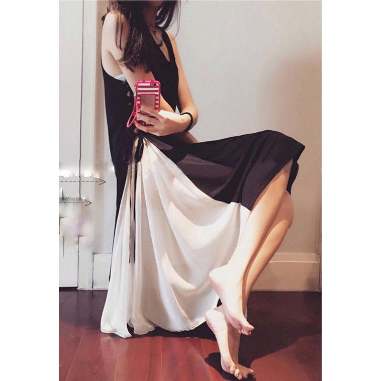 Đầm xòe đen phối trắng Kuri Dress
