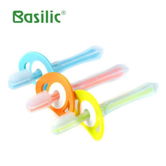 Basilic-Bàn chải đánh răng cho bé silicone D082 - 2426513 , 4330279 , 322_4330279 , 70000 , Basilic-Ban-chai-danh-rang-cho-be-silicone-D082-322_4330279 , shopee.vn , Basilic-Bàn chải đánh răng cho bé silicone D082