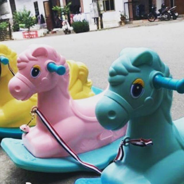 Ngựa bập bênh cho bé yêu có nhạc - 2490893 , 350079984 , 322_350079984 , 450000 , Ngua-bap-benh-cho-be-yeu-co-nhac-322_350079984 , shopee.vn , Ngựa bập bênh cho bé yêu có nhạc