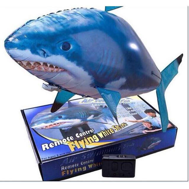 Cá mập bay điều khiển từ xa