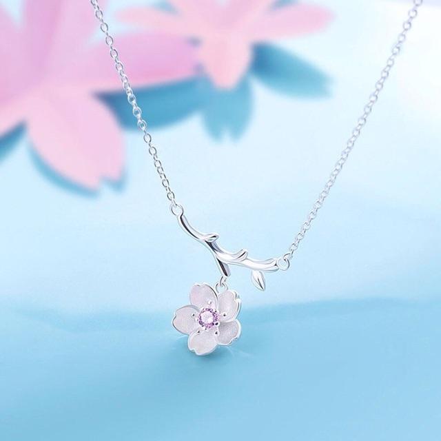 Dây chuyền hoa đào xinh xắn - Trang sức hoa đào đẹp mê li