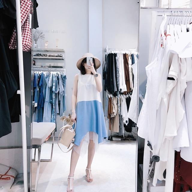 Váy trắng xanh sát nách chân lứoi - B844