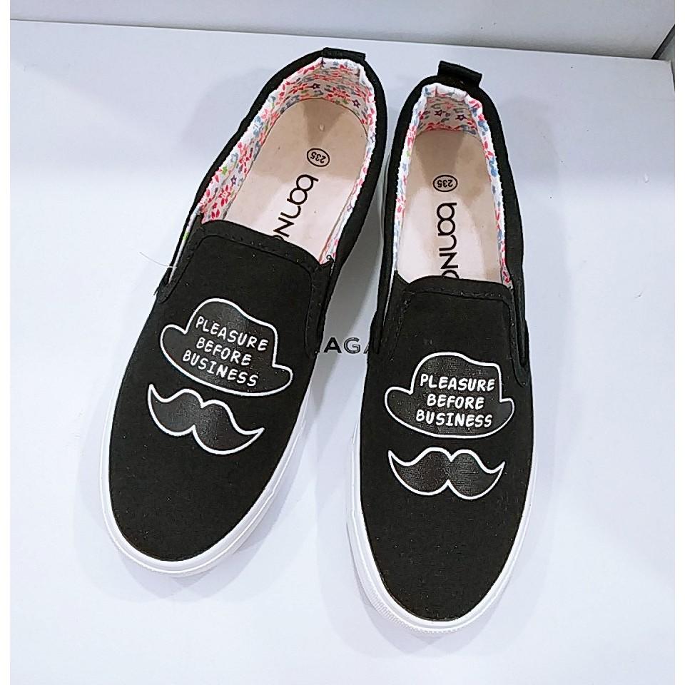 Giày slip on nữ râu cá tính GTTG24 - 1612