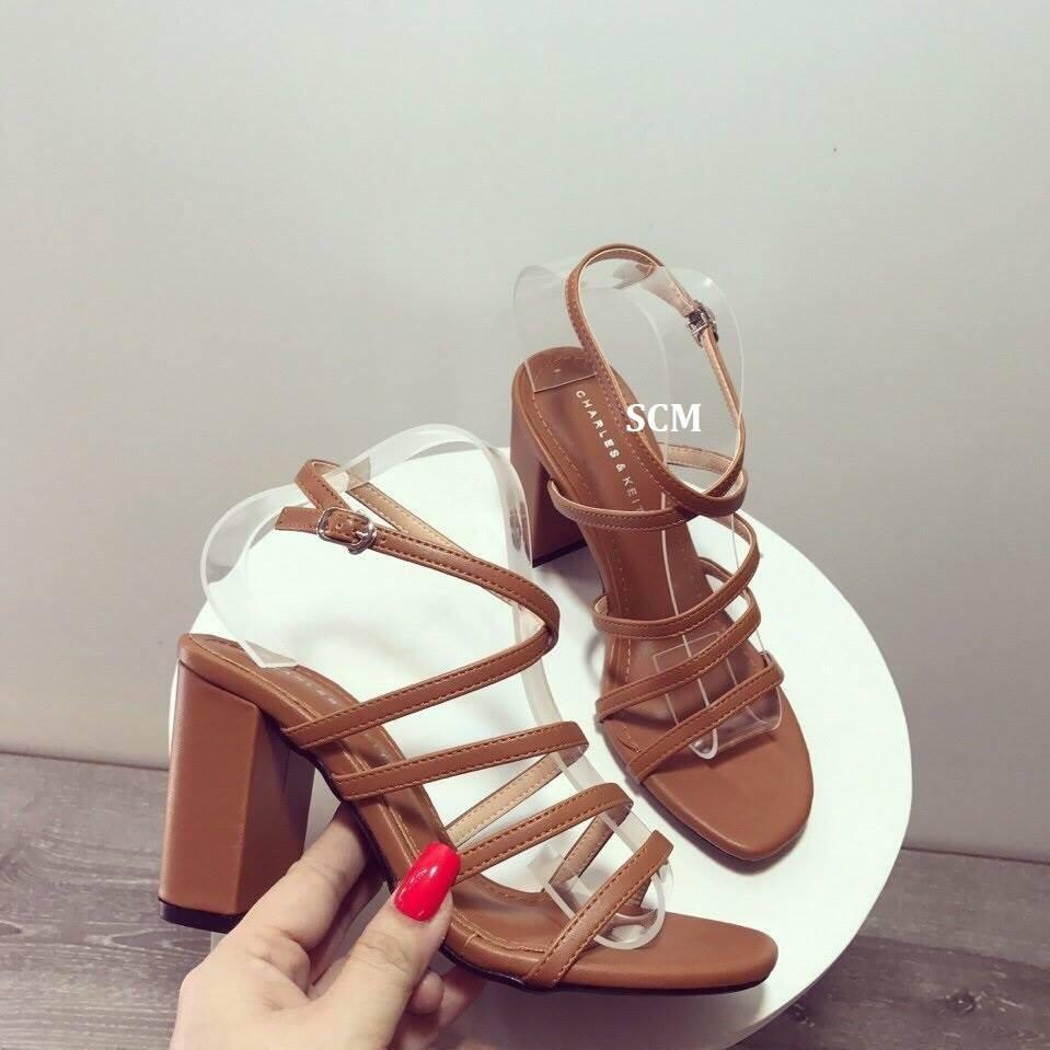 Giày gót vuông 3 quai mãnh