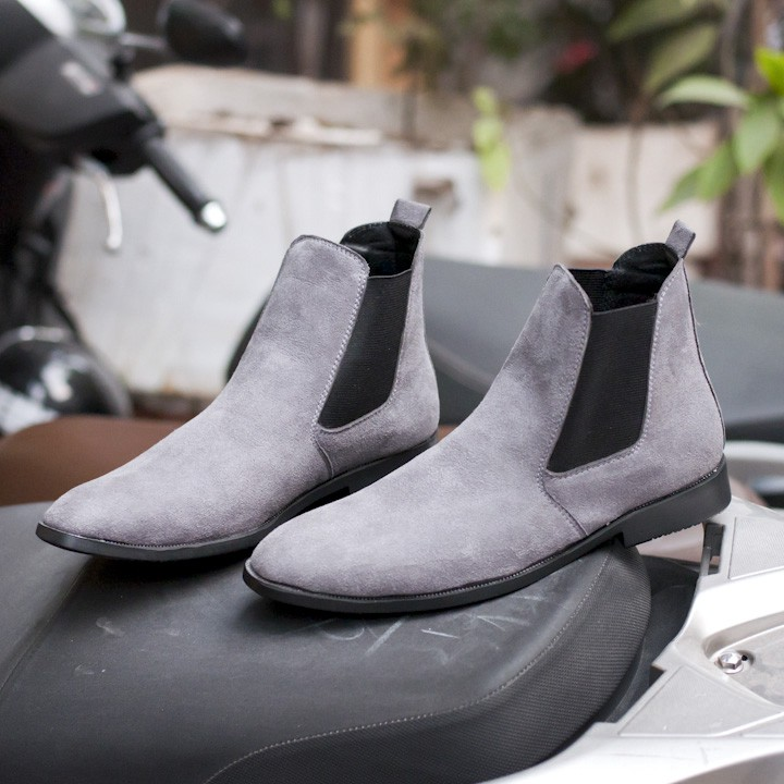 Giày Boot Nam Cao Cổ Da Buck Cổ Chun Màu Xám Phong Cách Hàn Quốc Aroti - CB548-XAM