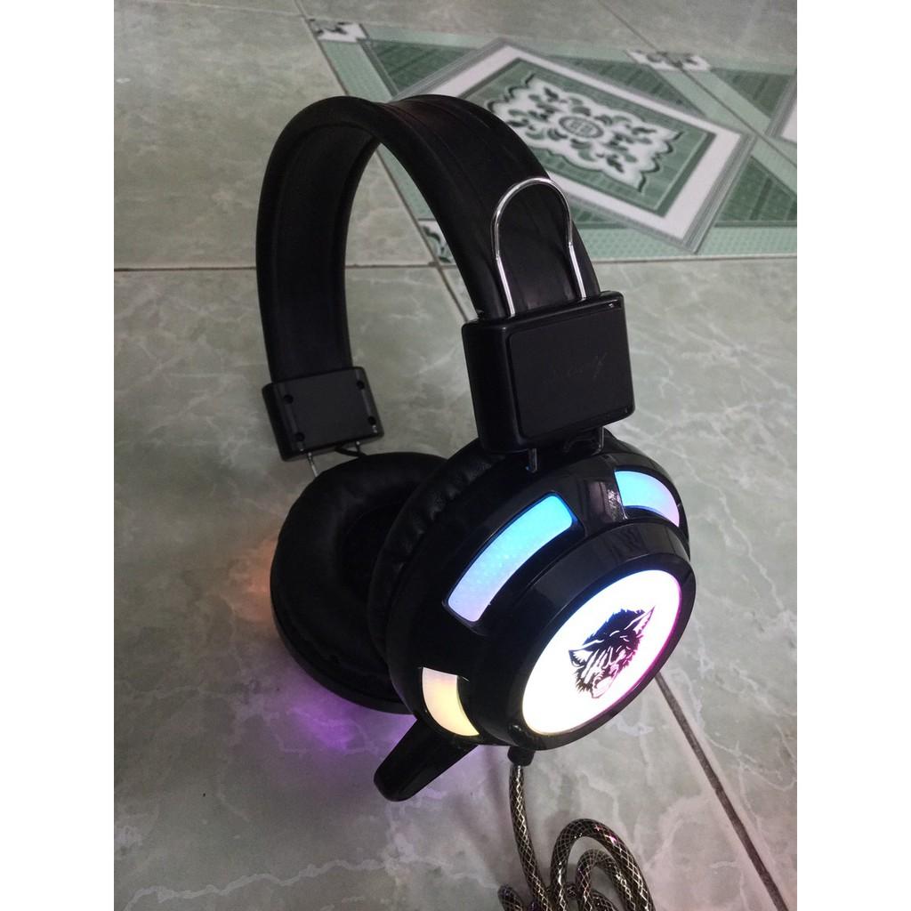 Tai nghe đèn led RGB đẹp như mới âm thanh hay đang sử dụng tốt