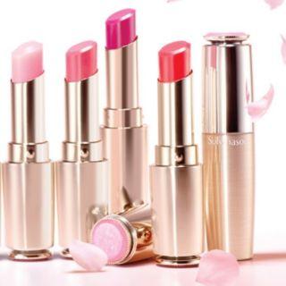 Son dưỡng môi Essential Lip Serum Stick Sulwhasoo thumbnail
