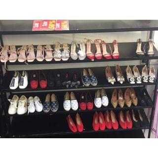 Xả bán giày dép sandan bày kệ