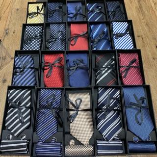 Sét cà vạt silk – quà tặng 20/11 cho thầy