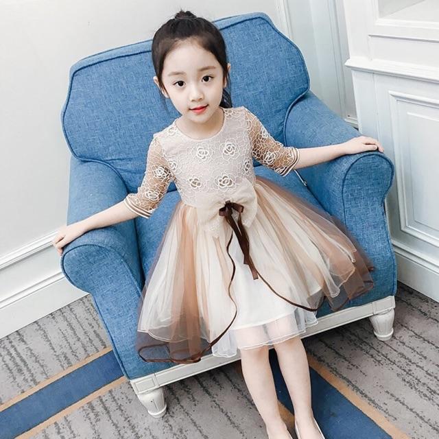 [ Cao cấp ] Váy ren dài tay kết ren hoa ngực cho bé gái ( coi kĩ ảnh thật phía cuối ) chất lượng