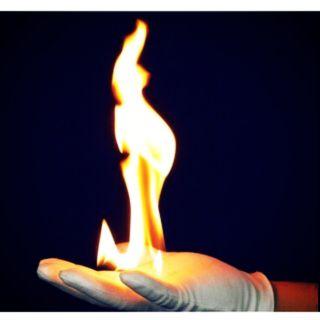 Găng tay lửa [Magic Fire Glove ]:đạo cụ ảo thuật (có clip hướng dẫn kèm theo)