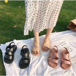 Sandal nữ chất liệu nhựa dẻo siêu bền