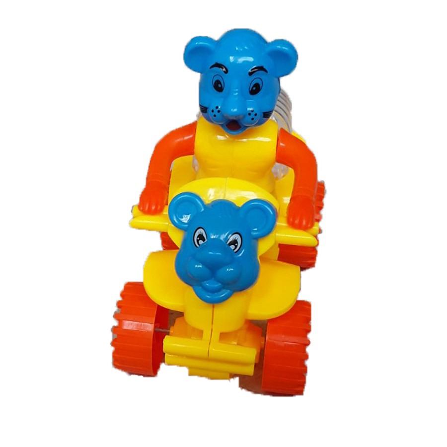 Xe moto 4 bánh chú gấu chạy bằng dây cót