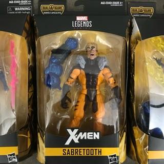 Mô hình Marvel Legends Sabertooh/ Wolverine