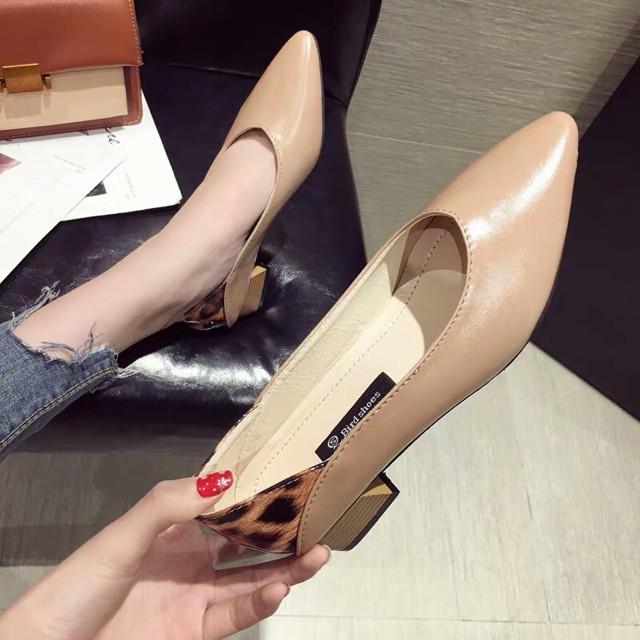 (Order) giày mũi nhọn trơn basic phối hoạ tiết da beo, đế gỗ vuông cao 3,7cm