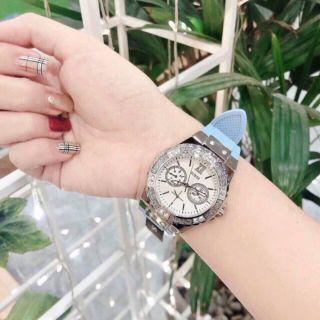 Đồng hồ nữ GuessHB1K905dây cao su cao cấp