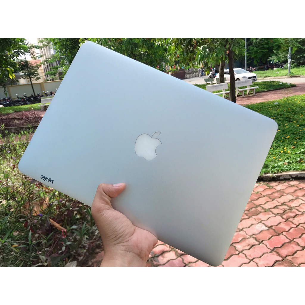 Macbook Air Model Mid 2013, Core i5, Bộ nhớ 4GB, Ổ cứng SSD 128GB Siêu nhanh, Màn hình 13 inch Giá chỉ 10.399.000₫