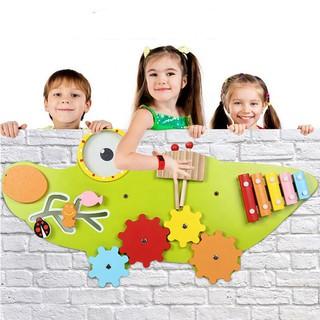 Bảng gỗ treo tường Busy Montessori – Mẫu cá sấu xanh khổng lồ